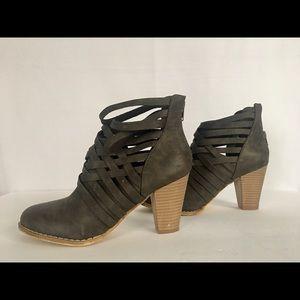 MI.IM Rear Zipper Strappy Chunky Ankle Boots